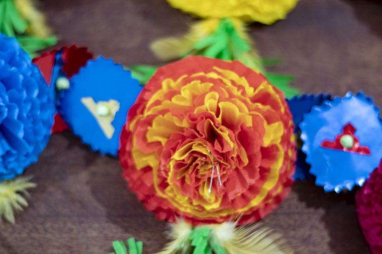 Flor de papel típica